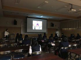 鵬翔高校の医療科の学生向けの講義